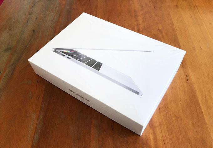 MacBook Pro 13インチ Touch Bar搭載 2018年モデル